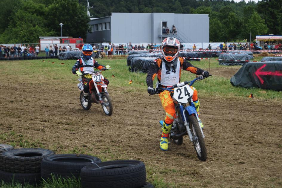 Moritz erfolgreich beim Simson Rennen